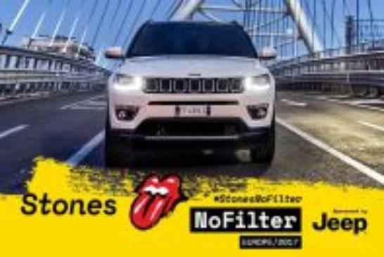 Jeep® Compass steht mit den Rolling Stones auf der Bühne