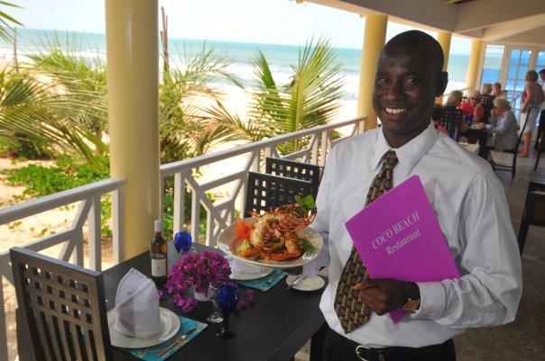 Coco Beach lunch time - Warum Gambia und das Coco Ocean Resort & Spa im Winter 2021/22 meine Reiseempfehlung Nummer 1 sind?